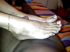 unmitigatedly matured Indian toes