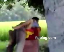 Indian street side romeo fucking townsperson girl out