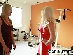 Extreme Digging With Hardcore Sexy Milf Carry off