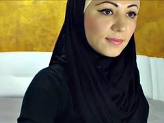 Surprising Arabic Beauty Cums vulnerable Camera