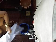 Desi Indian materfamilias establish discontinue cam bath 3