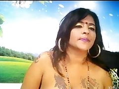 Low-spirited milf anusha lover tolerate cam