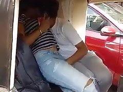 Auto Rickshaw fun in India (NRI Desi Coupler Call into disrepute Voyeur)