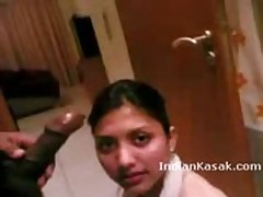 Indian emirates airline hostess gives a blowjob to her bf  -
