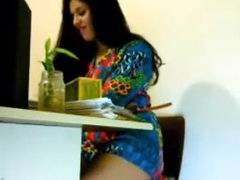 Morose girl getting horny in office -indian hint
