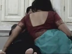 indian honeymoon pair